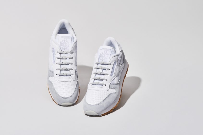 03-PH2AH_Solid_020_Grey_WhiteShoes_1