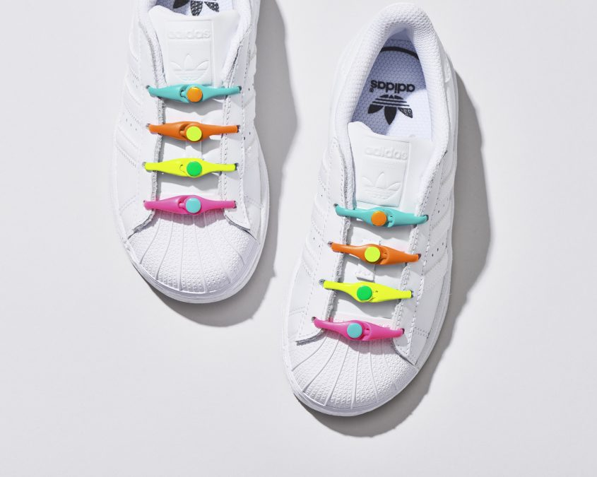 03-PK2AH_Multi_960_Rainbow_WhiteShoes_1