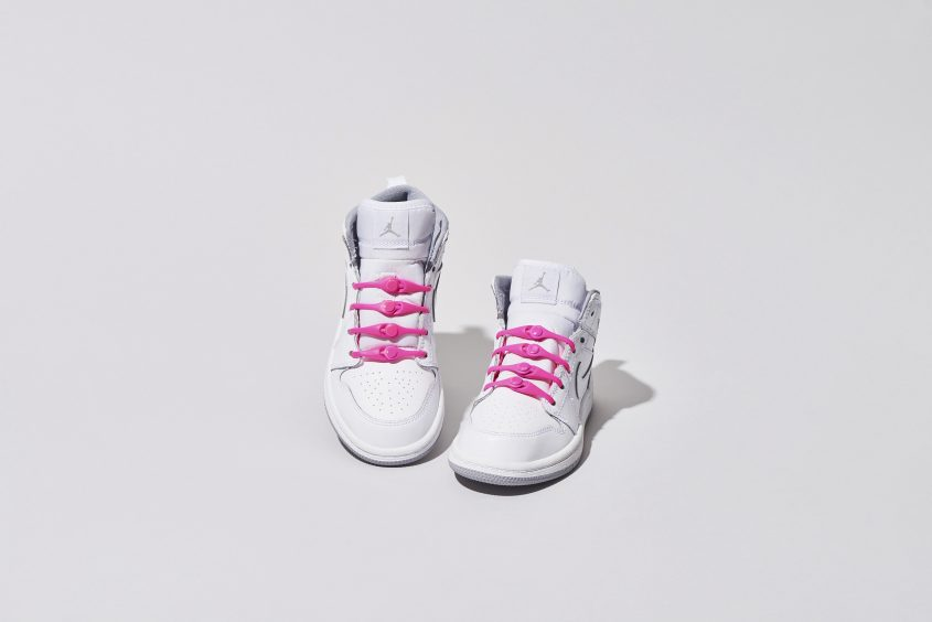 03-PK2AH_Solid_670_Pink_WhiteShoes_1
