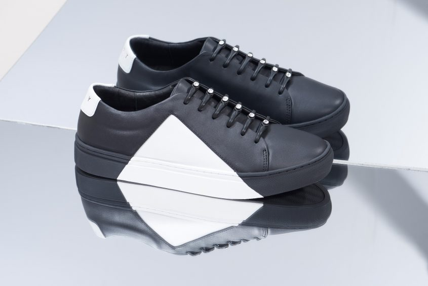 PH2SW_Solid_001_Black_WhiteShoes_lo_2